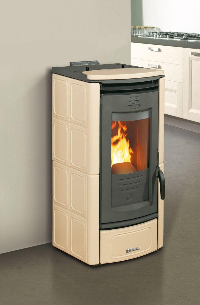 po le granul s vend e thermorossi 5000 atlantique energie bois po le bois po le. Black Bedroom Furniture Sets. Home Design Ideas